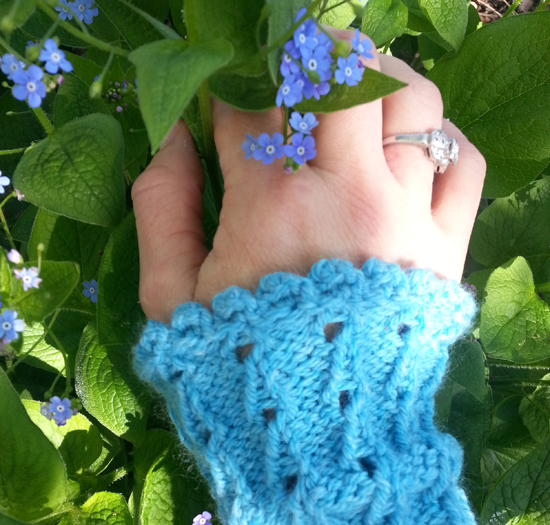 Bluebells-Gauntlets-with-Forget-me-nots
